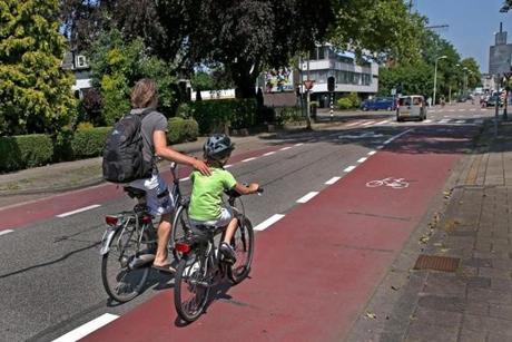 bikes-side2-12346.jpg